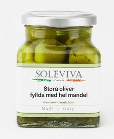 Stora oliver fyllda med hel mandel